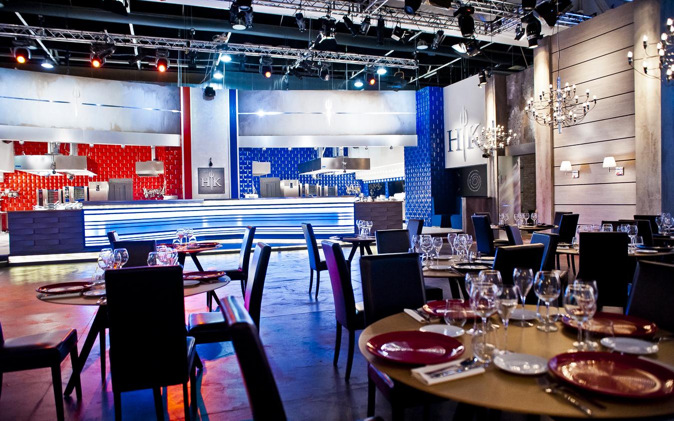 Potocco Arreda La Sala Da Pranzo E La Saletta VIP Di Hell's Kitchen  #2C599F 1350 844 Sala Da Pranzo Mobili